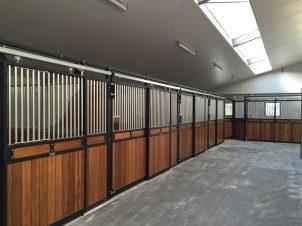 paardenstalplank-gebouwd